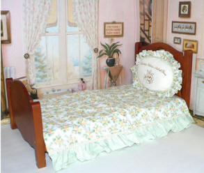 18 in doll beds and 20-22 inch baby dolls