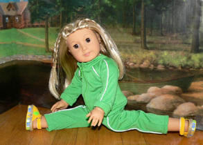 green running track suit