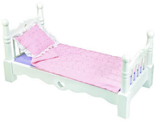 doll bed with Heart in wood